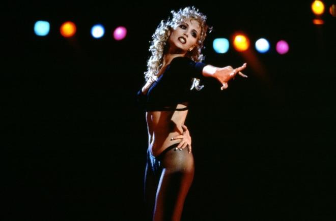showgirls-elizabeth-berkley-paul-verhoeven